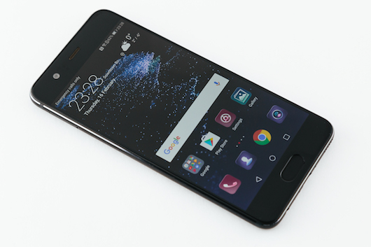 Huawei обновляет флагманские смартфоны