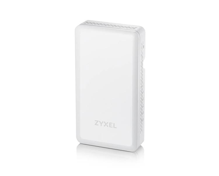 Zyxel выпускает беспроводную точку со встроенным гигабитным PoE коммутатором