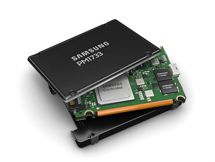 Samsung представила ПО для повышения производительности твердотельных накопителей PCIe Gen4