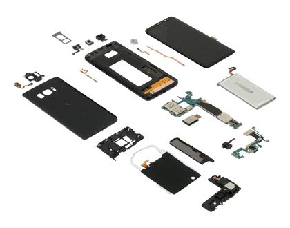 Эксперты сравнили себестоимость Самсунг Galaxy S8 иiPhone 7