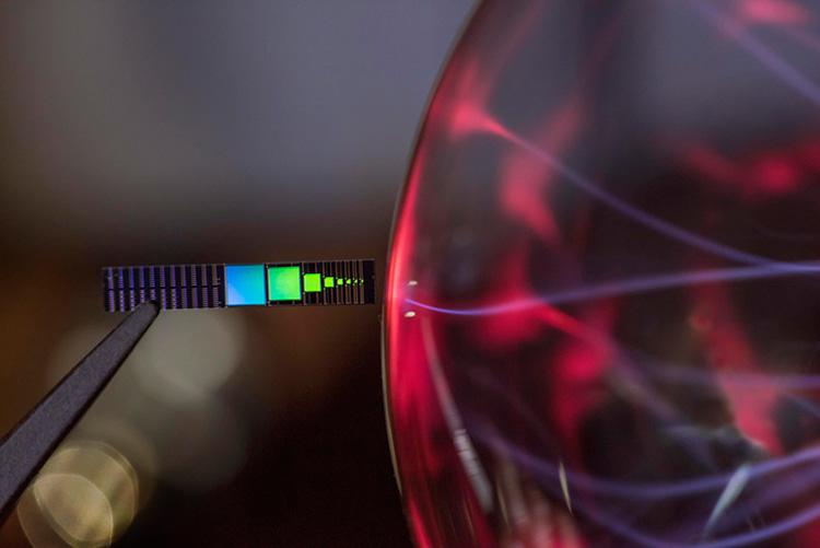 Миниатюрная ректенна перерабатывает ИК-излучение в электрический ток