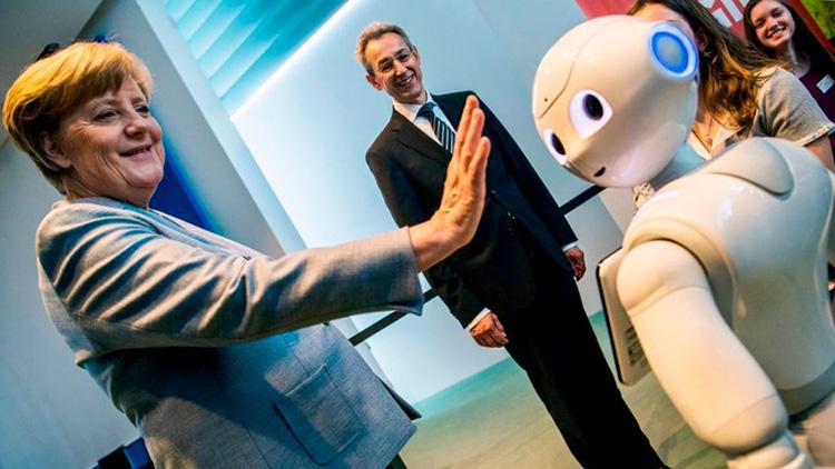 Германия инвестирует 3 млрд евро в индустрию искусственного интеллекта