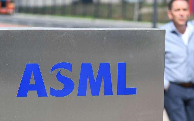 Чипмейкеры увеличивают закупки литографического оборудования ASML
