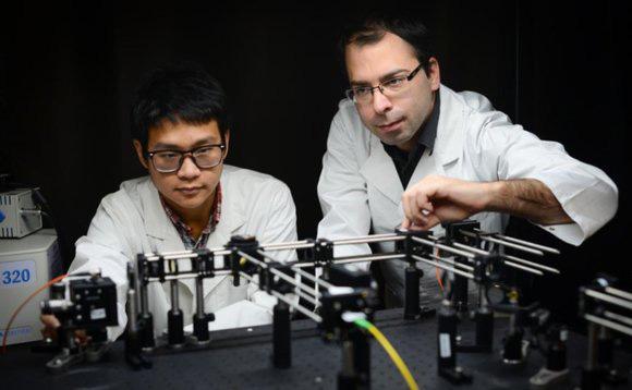 Будущие оптические накопители смогут хранить информацию в нанокристаллах