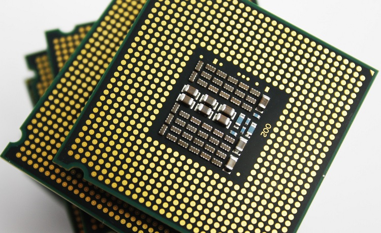 Intel исследует уязвимость Variant 4