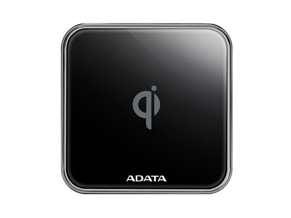 ADATA выпустила беспроводную зарядную панель CW0100